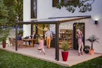 Skan Holz Aluminium Terrassenüberdachung Genua Breite 434 cm