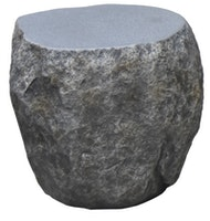 Gardenforma Sitzhocker Boulder in grauer Findlings-Optik aus Faserbeton