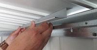 Biohort Befestigungswinkel für Dachisolierung für Gerätehaus Europa
