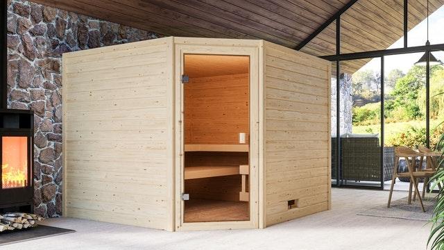 Es muss nicht der Keller sein! Auch im Wohnbereich macht sich eine Sauna gut.