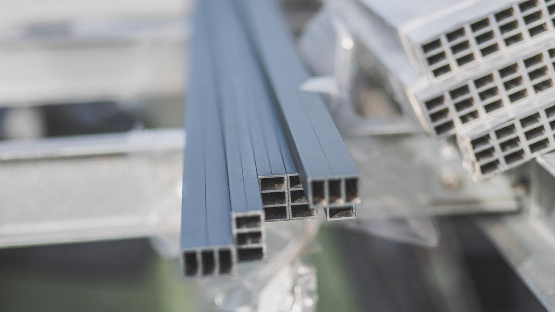 Konstruktionsprofile aus Aluminium sind besonders leicht und stabil