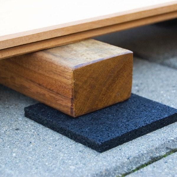 Terrassenunterkonstruktion aus Holz