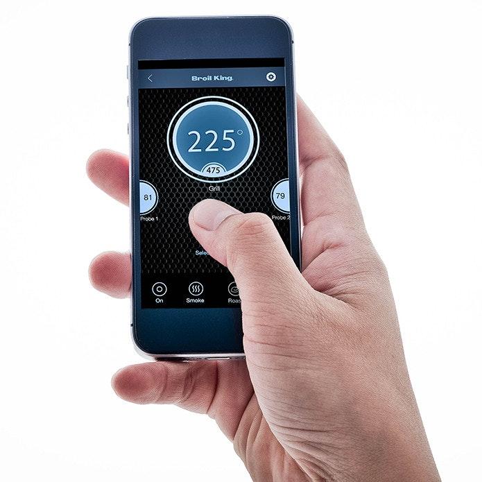 Pelletgrills von Broil King, Weber und Traeger lassen sich per Smartphone-App bedienen