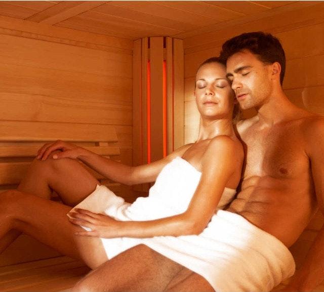 Abkühlung nachd er Sauna ist wichtig, aber in einem kalten Raum, möchte man dennoch nicht sitzen. Eine angenehm klimatisierter Raum ist wichtig