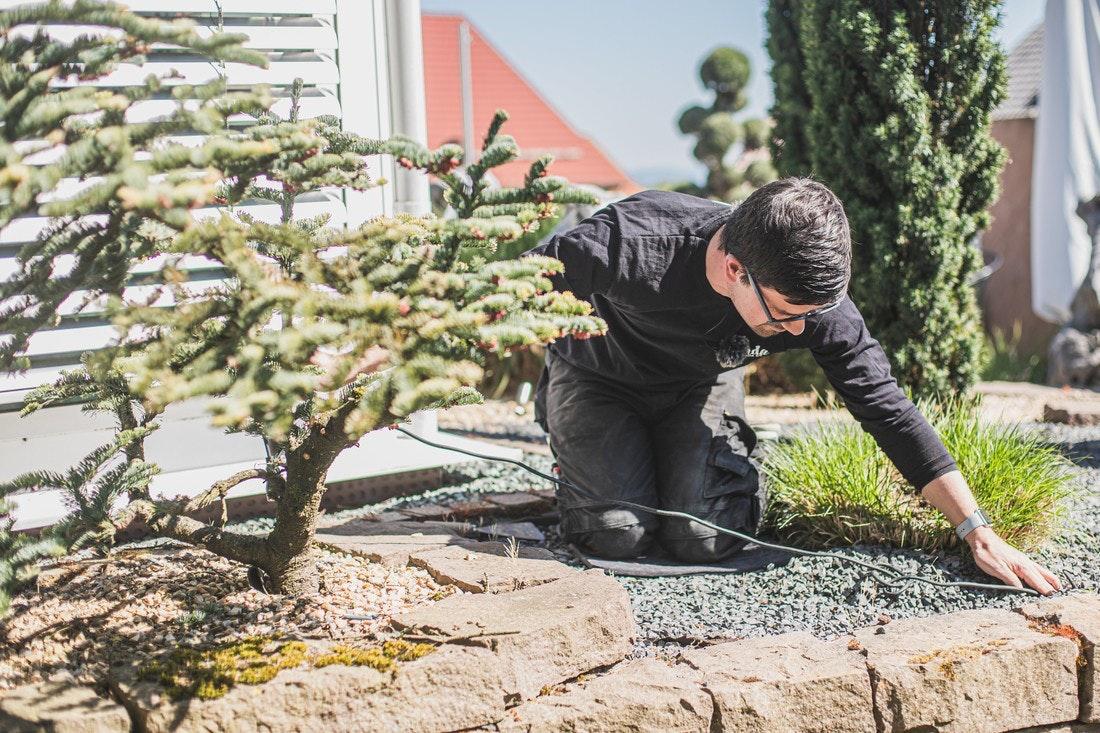 Gartenbeleuchtung - Kabel verdeckt verlegen