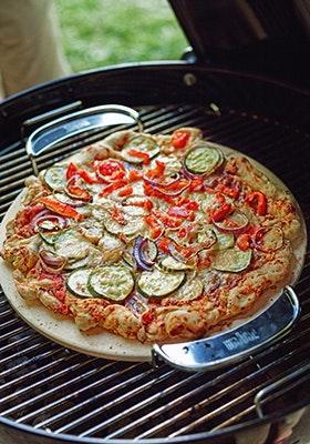 Vegetarische Grillpizza | grills.de