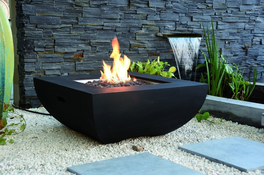 Gardenforma Gas Feuerstelle Itasy, Beton-Optik schwarz, aus Faserbeton
