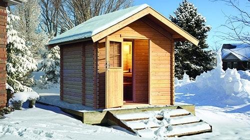 Sauna mit Satteldach im Winter