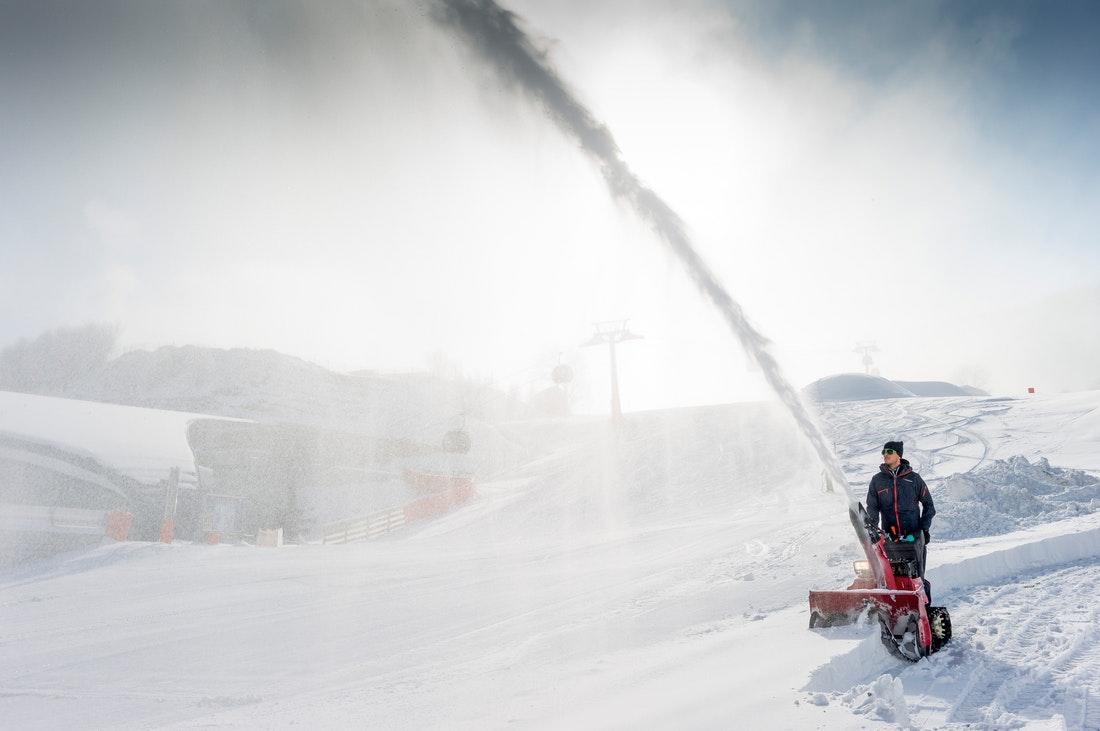 Mit den Schneefräsen von Honda wird das Schneeräumen zum Kinderspiel