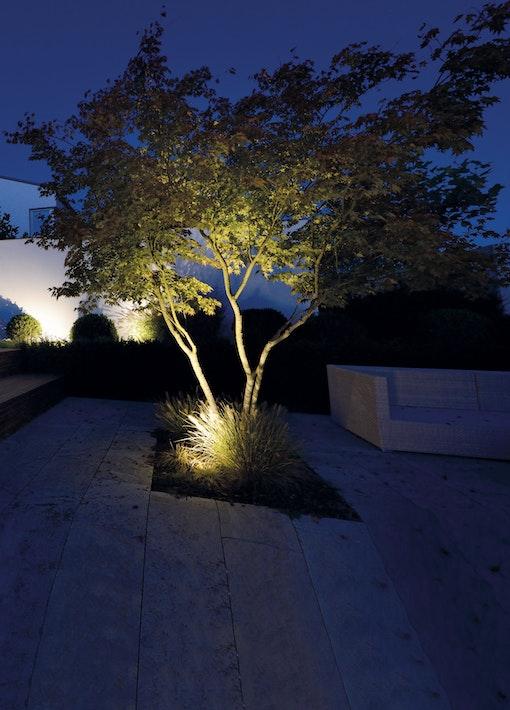Mit Gartenbeleuchtung Highlights setzen