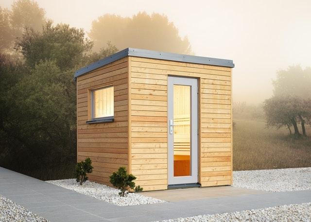 Die Vorschriften für den Bau einer Sauna außerhalb eines Wohngebiets, z.B. auf einem privaten Waldgrundstück unterscheiden sich