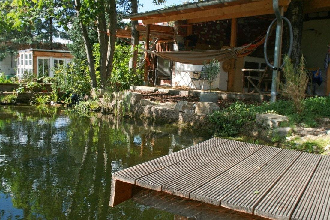 Baden, Bienen, Bar: Ein Echter Allround Teich!
