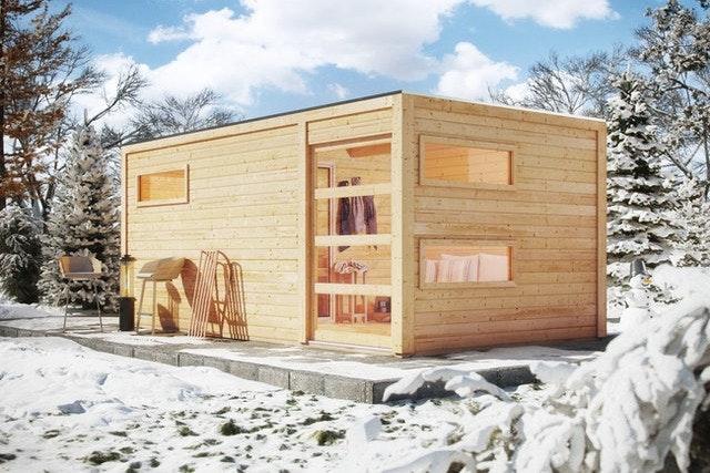 Wer nicht nur bei schönem Wetter die Sauna besuchen möchte, sollte über einen befestigten Gartenweg nachdenken