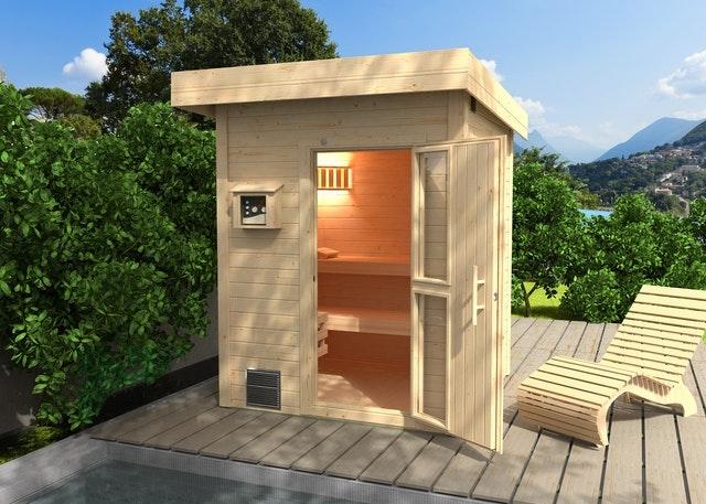 Eine kleine Außensauna für 1-2 Personen ist ideal um Platz zu sparen