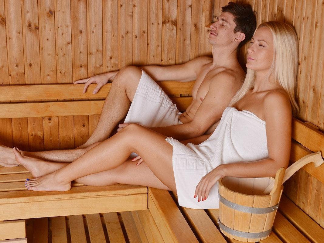 Wohltuender Aufguss in der Sauna