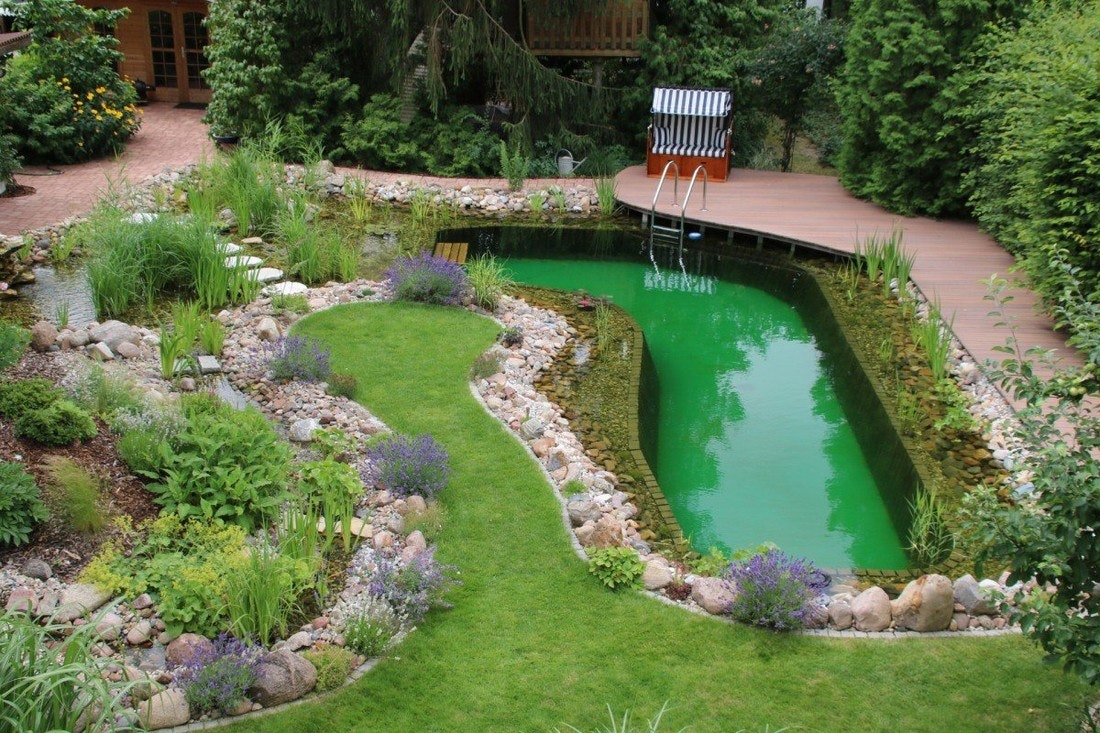 Toll In Den Garten Integrierter Schwimmteich!