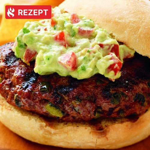 California-Burger mit Avocado-Sauce