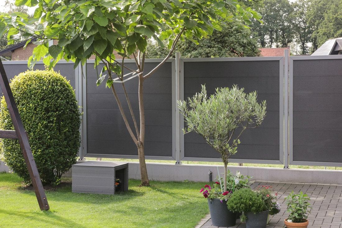 Die Serie TraumGarten Design WPC Alu - mit Nut-Feder-Profilen. Ein moderner Sichtschutz; geschmackvolles und ansprechendes Design.