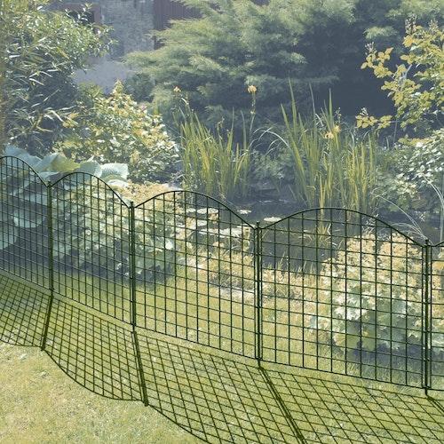 Den passenden Zaun für den Gartenteich finden