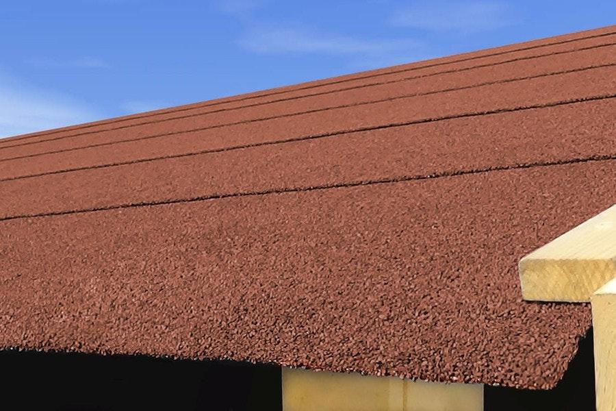 Die Dachpappe bildet eine wichtige Feuchtigkeitssperre