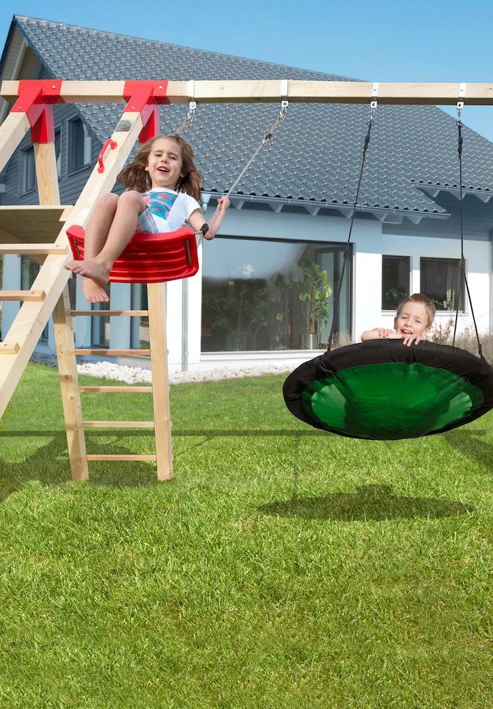 Kinderspielgeräte für den Garten: auf nach draußen!