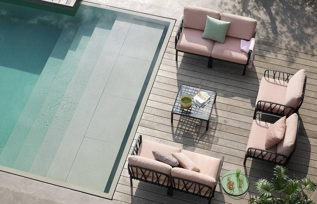 Die KOMODO Gartenmöbel Garnitur von Nardi ist modular und daher sehr flexibel