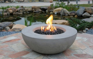 Gardenforma Gas Feuerstelle Ätna in grauer Betonoptik