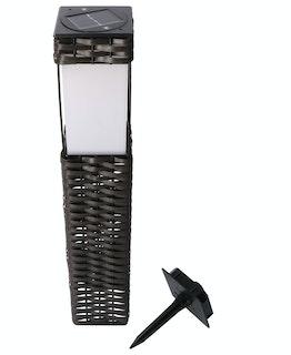 Shada LED Solar Rattan-Wegeleuchte, IP44, 2700K, 9x9x49cm