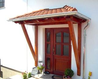 Skan Holz Walmdach Vordach Doppeltür Wismar