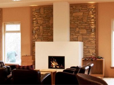 Stonesliketones-Wohnzimmer-ofen.design-2