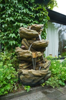 Ubbink Wasserspiel Sedona mit integriertem Wasserfall