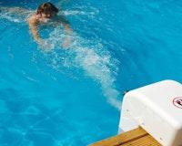Weka Gegenstrom- Schwimmanlage