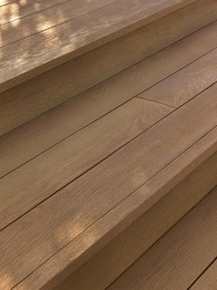 Weltholz millboard Bullnose-Abschlussprofil flexibel ENHANCED GRAIN Coppered Oak